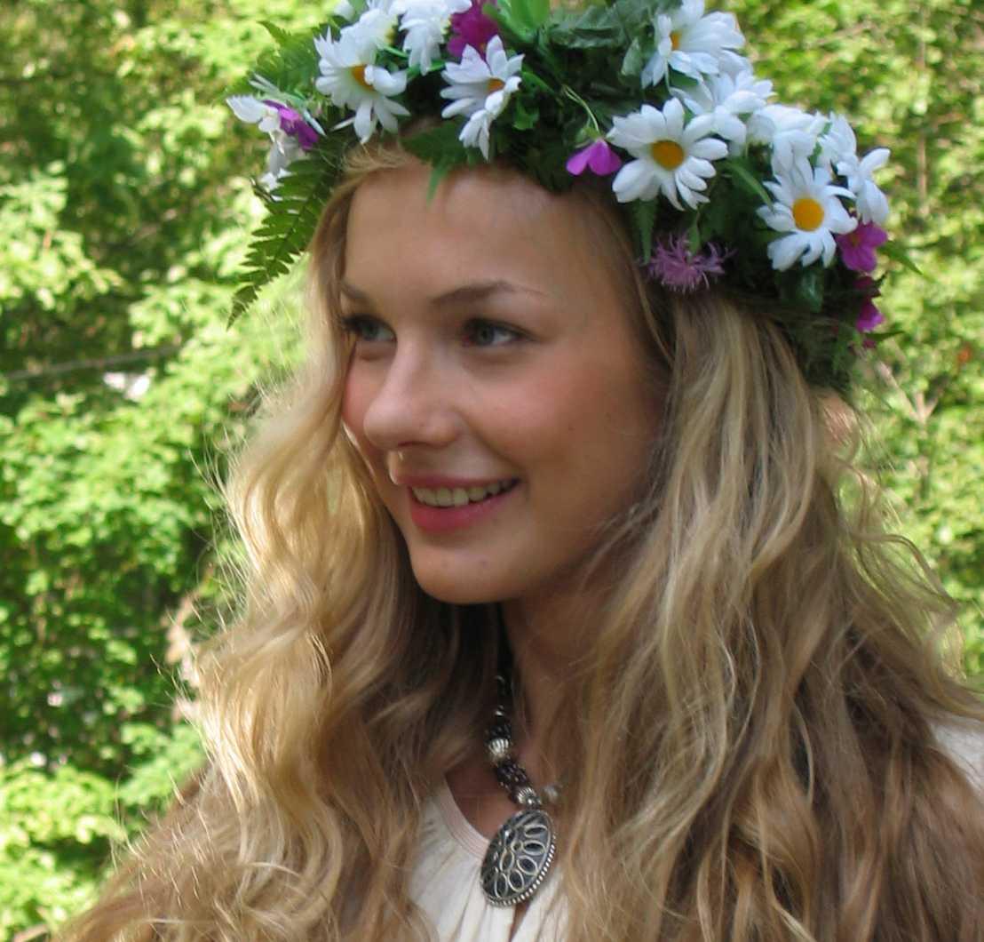 Простая русская девушка 10 фотография